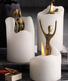 Especial dia das bruxas Ao derreter as velas, pequenas esculturas de bronze com formato humano revelam-se. onde comprar