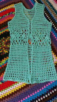 New crochet summer shawl simple Ideas Débardeurs Au Crochet, Crochet Jacket, Crochet Baby Hats, Knitted Poncho, Crochet Cardigan, Love Crochet, Crochet Clothes, Simple Crochet, Crochet Summer Tops