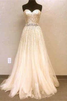 Long sparkly prom dress :)