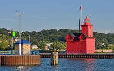 Holland, #Michigan | Holland Harbor #Light - Lake Michigan, MI, The Holland Harbor Light ... http://dennisharper.lnf.com/