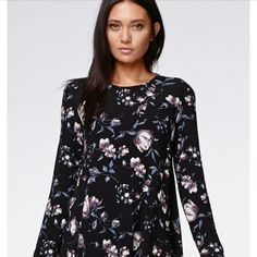 Kendall & Kylie baby doll Dress NWOT *SOLD OUT* Beautiful print. Kendall & Kylie Dresses