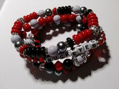 24.00 In stock Beaded Jewelry, Beaded Bracelets, Unique Jewelry, Football Bracelet, Stretch Bracelets, Marketing And Advertising, Etsy Seller, Trending Outfits, Handmade Gifts