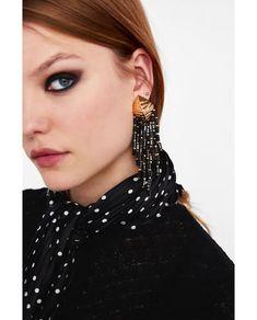 Immagine 4 di ORECCHINI METALLICI FRANGE di Zara