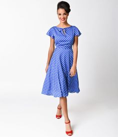 Welcome to the Formosa, darlings. The Formosa dress is a pine-worthy 1940s inspired swing in a elegant blue and white polka dots, fabulously fresh from Unique Vintage! A feminine chiffon frock boasting a self tie keyhole neckline met with fluttery cap sle