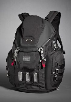 my instructor has a backpack like this 1..and truth be told, I want one now. #NoShame