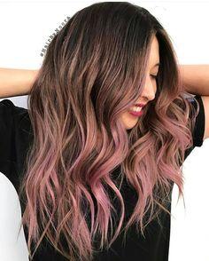 Inspiring Pastel Hair Color Ideas – My hair and beauty Rose Hair, Pink Hair, Messy Hairstyles, Pretty Hairstyles, Cabelo Rose Gold, Dye My Hair, Ombre Hair Color, Mermaid Hair, Hair Highlights