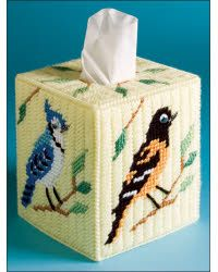 Everything Plastic Canvas - Woodand Birds Tissue Topper Plastic Canvas Ornaments, Plastic Canvas Tissue Boxes, Plastic Canvas Crafts, Tissue Box Holder, Tissue Box Covers, Plastic Canvas Stitches, Plastic Canvas Patterns, Metal Crafts, Yarn Crafts