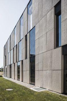 Sunstar, Etoy Fassadenplatten; Architektur: Alhadeff Architects, Milano Room, Furniture, Home Decor, Projects, Bedroom, Decoration Home, Room Decor, Rooms, Home Furnishings
