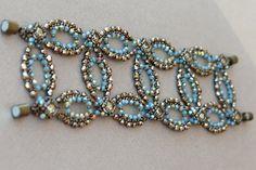 Swarovski Chatons Bracelet - High Circles Bracelet Tutorial - Beading Pattern by Sidonia por SidoniasBeads
