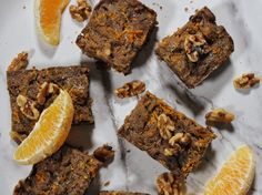 This may just be the best dessert you've ever made. Plus, it's lectin-free, vegan AND Plant-Paradox compliant. Check out this vegan blondies recipe! Vegan Blondies, Chocolate Chip Blondies, Chocolate Chip Recipes, Best Brownie Recipe, Vegan Sweet Potato Pie, Fun Desserts, Dessert Recipes, Lectin Free Foods, Desert Recipes