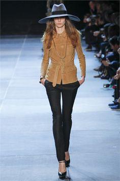 Sfilata Saint Laurent Parigi - Collezioni Primavera Estate 2013 - Vogue 56324721bbc