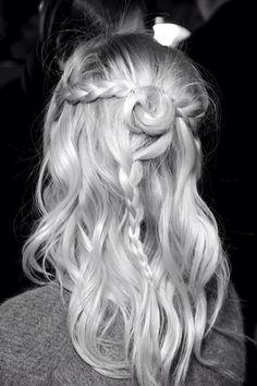 The prettiest summer hair.