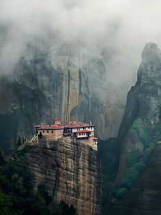 Explore the clifftop monasteries of Meteora, Greece Places To Travel, Places To See, Greece Culture, Greece Holiday, The Monks, Greece Travel, Greece Vacation, Imagines, Paisajes