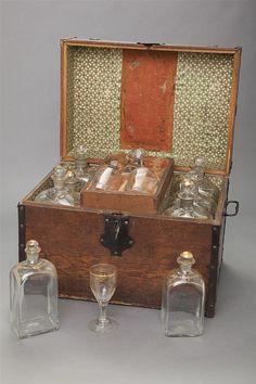 Antique English Ship Captain Oak Liquor Chest Iron mounted box with locked… Decoration, Art Decor, Camp Gear, Small Tray, Keepsake Boxes, Blown Glass, Wooden Boxes, 18th Century, Liquor