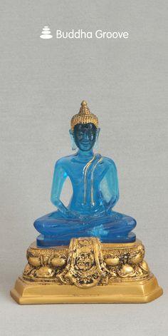 Translucent Blue Buddha Statue with Antique Style Base Golden Buddha Statue, Thai Buddha Statue, Buddha Statues, Statue Base, Quilling Dolls, Antique Gold, Sculpture Art, Symbols, Antiques