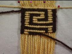 Cuando la madeja de lana marrón se acabe tomar una nueva para trabajar el tapiz y luego de terminada la faja, los hilos sobrantes se deben o...