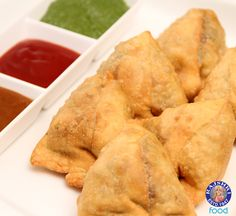 Every Indian's favorite snack 'Samosa'. #Indian #Vegetarian #Recipe by Ruchi Bharani