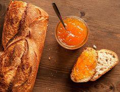 """Biraz ekşi biraz tatlı, ama çok lezzetli :) """"Portakal Reçeli Tarifi"""". Afiyet olsun. http://www.lezzetlim.net/portakal-receli-tarifi.html"""