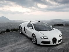 White Bugatti Luxury Sports Cars, Bugatti Veyron Sport, Bugatti Cars, Lamborghini, Super Sport, Super Cars, Bugatti Wallpapers, Car Wallpapers, Desktop Backgrounds