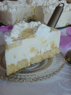 Tort diplomat cu ananas Romanian Desserts, Romanian Food, Romanian Recipes, Dessert Drinks, Dessert Recipes, Cake Cookies, Cupcake Cakes, Simply Recipes, Sweet Cakes