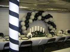 1000+ images about Banquet table setting on Pinterest ...