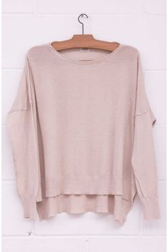 Jersey hombreras canalé, Jersey amplio, maxi jersey, beige, arena, punto, maxi sweater, jumper, sand colour, System Action, shop online, lookbook, model, street Style,