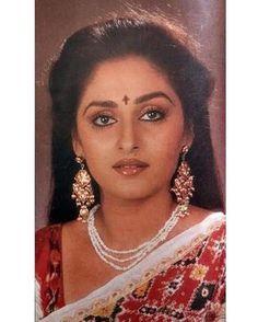 """2 Likes, 1 Comments - muvyz.com (@muvyz) on Instagram: """"#muvyz090317 #BollywoodFlashback #80s #Jayapradha #GoodMorningWorld #muvyz #instapic #instadaily…"""""""