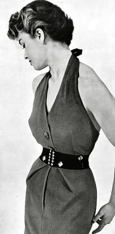 This dress summarises what FF65 stands for - comfort, tailoring and lady-like chic #vintage #fashion #50s