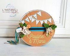 Vos Grands Jours sur mesure par LinstantC sur Etsy Grand Jour, Snow Globes, Etsy Seller, Decorative Plates, Creations, Unique, Turquoise, Pink Fabric, Handmade Gifts
