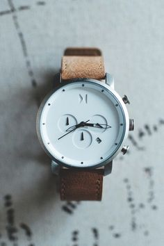 """The Chrono White/Caramel 