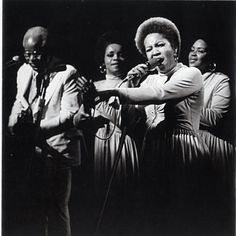 The Staples Singers - They take me there!