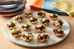 Make this Tortilla Appetizer Recipe with ground beef, salsa and Mexican-style shredded cheese. The tasty little tortilla bites in this Tortilla Appetizer Recipe pack a lot of flavor! Recipes Appetizers And Snacks, Tailgating Recipes, Appetizers For Party, Snack Recipes, Cooking Recipes, What's Cooking, Taco Appetizers, Sunday Recipes, Tailgate Food