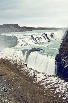 Un automne islandais ▿ Gullfoss, immensissime