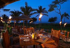 Duke´s Beach House, Maui: great food, wonderful place.