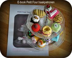 Grietjekarwietje: Petit Fours bundled