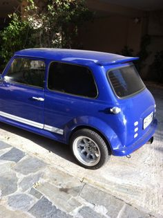 Everything is work on metal sheet and not polyester fabricating! Classic Mini, Van, Metal, Vehicles, Metals, Car, Vans, Vehicle, Vans Outfit