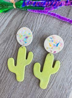 Polymer Clay Cactus Earrings, Cactus Earrings Clay, Festival Earrings, Summer Earrings, Clay, Dangle Earrings, Statement earrings, cactus Cactus Earrings, Diy Earrings, Polymer Clay Earrings, Statement Earrings, Earrings Handmade, Disney Home Decor, Disney Crafts, Disney World Outfits, Festival Style
