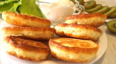 Fluffy pancakes with kefir prepared at home — step-by-step recipes with photos - Buzz On Live How To Cook Pancakes, Tasty Pancakes, Fluffy Pancakes, Apple Ingredients, My Recipes, Cooking Recipes, Russian Recipes, Kefir, Fritters
