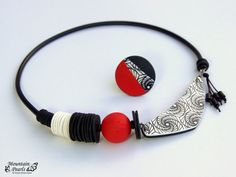 Hey, I found this really awesome Etsy listing at https://www.etsy.com/listing/515366731/black-and-white-statement-necklace