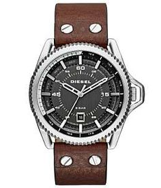 Diesel takes a turn for the sophisticated with the new Rollcage watch, featuring a sleek gunmetal three-hand dial and brown leather straps. Brown Leather Strap Watch, Dark Brown Leather, Timberland, Diesel Watches For Men, Men's Fashion Brands, Hand Watch, Mens Watches Leather, Michael Kors, Accessories