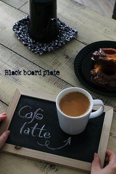 ミニ黒板をカフェトレイに