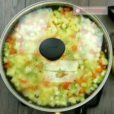Budinca de legume – o mancare delicioasă pentru cei ce nu au idee ce să gătească la cină. - savuros.info Raw Vegan, Diet Recipes, Bebe, Skinny Recipes, Healthy Diet Recipes, Leaf Vegetable