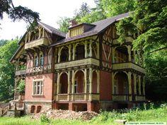 """Willa """"Trebla"""" w Międzygórzu - XIX - wieczny pensjonat."""