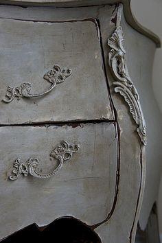 annie sloan painted furniture | Using Annie Sloan chalk paints and waxes, Christen Bensten transforms ...