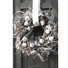 Willow Decor: Holiday Decorating in White