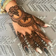 Hello, Friends Mehndi Creation today we are presenting you our BEST Mehndi Design for Girls which is for especially for the younger girls and for this Festive Season and for also the wedding… Khafif Mehndi Design, Floral Henna Designs, Henna Art Designs, Mehndi Designs 2018, Mehndi Designs For Beginners, Mehndi Designs For Girls, Mehndi Design Photos, Wedding Mehndi Designs, Mehndi Designs For Fingers