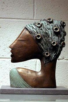 Sculpture Head, Paper Mache Sculpture, Pottery Sculpture, Abstract Sculpture, Bronze Sculpture, Ceramic Mask, Ceramic Figures, Paperclay, Painting Inspiration
