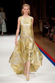 All The Gowns From Spring 2015 - NYFW - Elle I love this dress I love the gold it's elegant =)