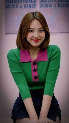 South Korean Girls, Korean Girl Groups, My Girl, Cool Girl, Chaeyoung Twice, Nayeon Twice, Im Nayeon, Jennie Blackpink, Girl Bands