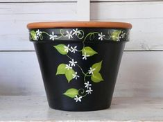 Pots terra cotta flower pots You can land cotta flower pots Flower Pot Art, Flower Pot Design, Clay Flower Pots, Terracotta Flower Pots, Flower Pot Crafts, Cactus Flower, Clay Pot Projects, Clay Pot Crafts, Cement Crafts